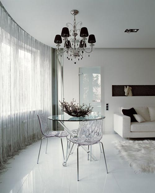 Modern-Interior-apartment-modern-lacquered-furniture-combined-with-luxurious-classic-interior
