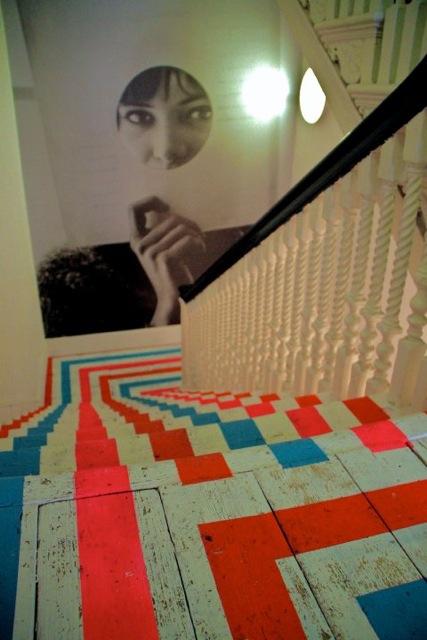 neon_Stairs