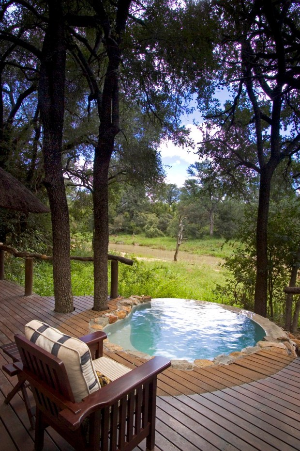 Dulini Lodge pool